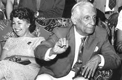 O Professor Henrique e sua esposa